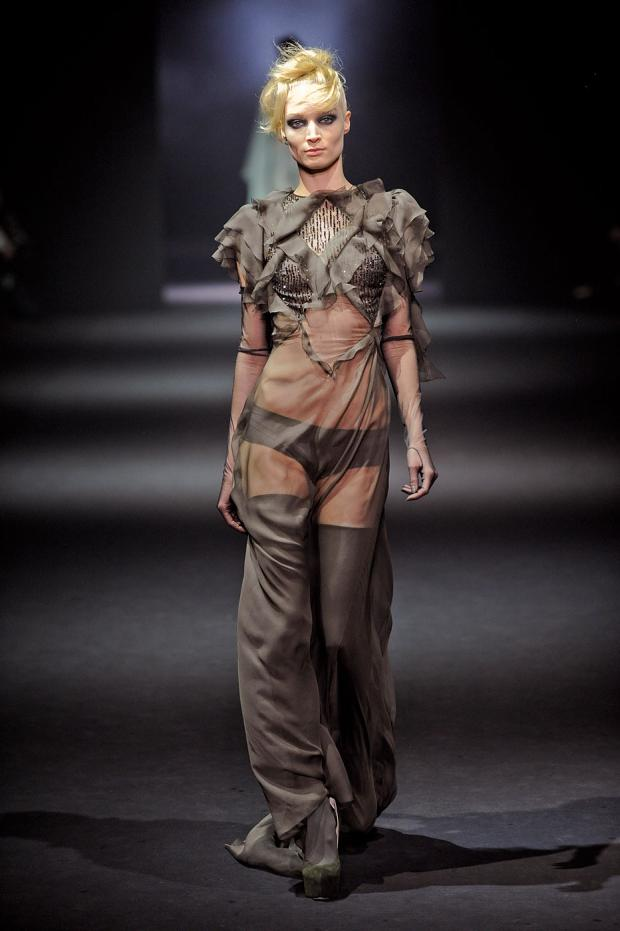 john-galliano-autumn-fall-winter-2012-pfw70.jpg