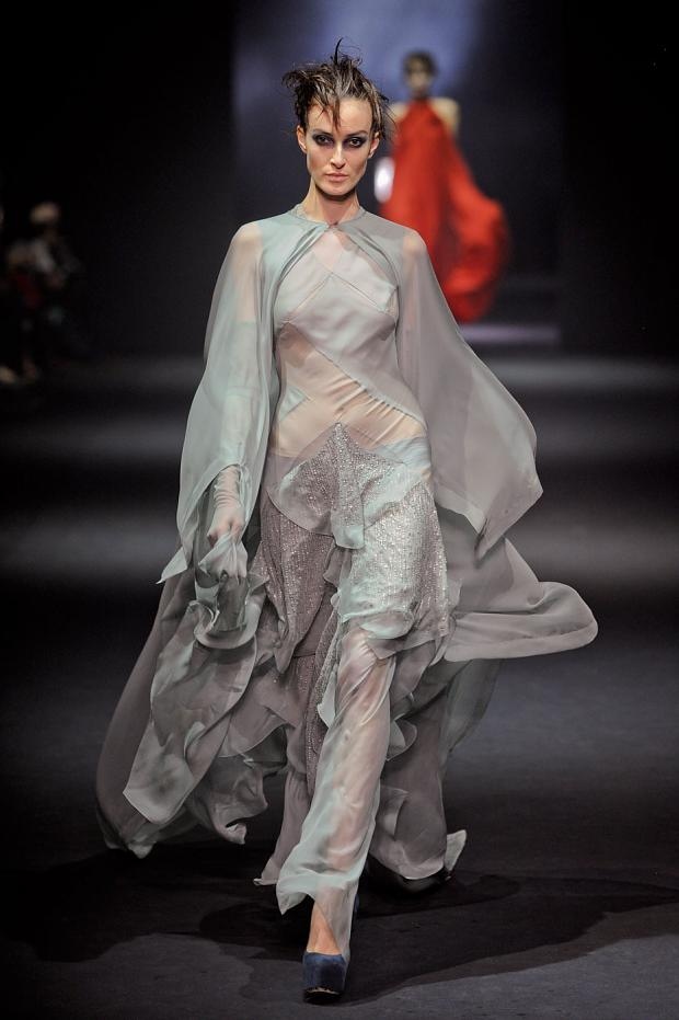 john-galliano-autumn-fall-winter-2012-pfw72.jpg