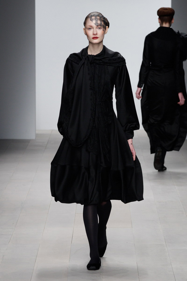Corrie-Nielsen-Autumn-Winter-2012_13-Womenswear-Collection-09.jpg