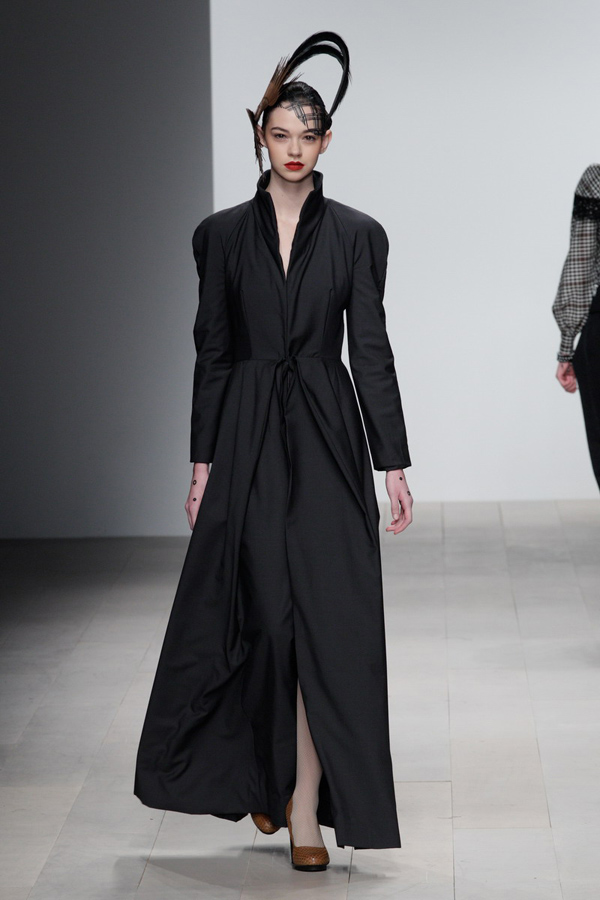 Corrie-Nielsen-Autumn-Winter-2012_13-Womenswear-Collection-19.jpg