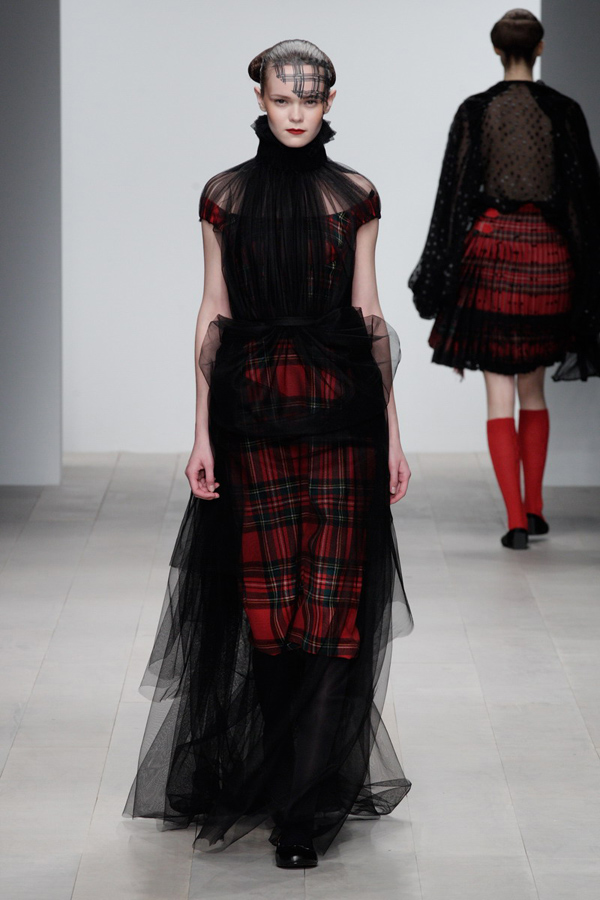 Corrie-Nielsen-Autumn-Winter-2012_13-Womenswear-Collection-29.jpg