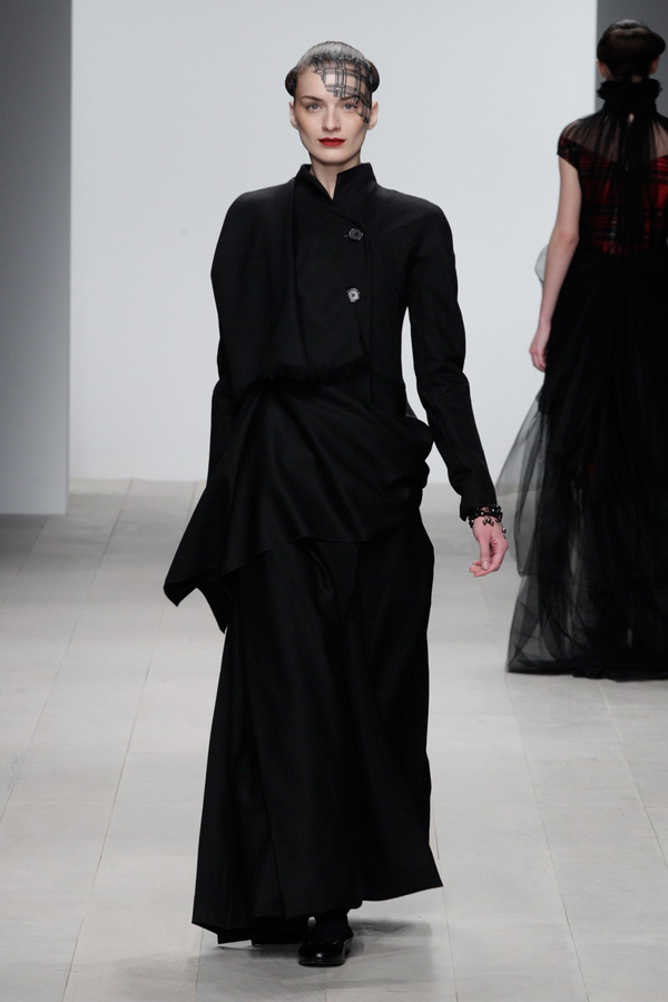 Corrie-Nielsen-Autumn-Winter-2012_13-Womenswear-Collection-31.jpg