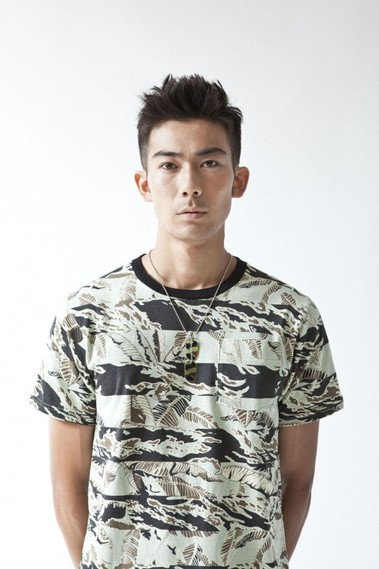 a-bathing-ape-spring-summer-2012-18-570x854.jpg