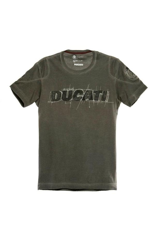ducati-monster-diesel-wear-collection-014.jpg