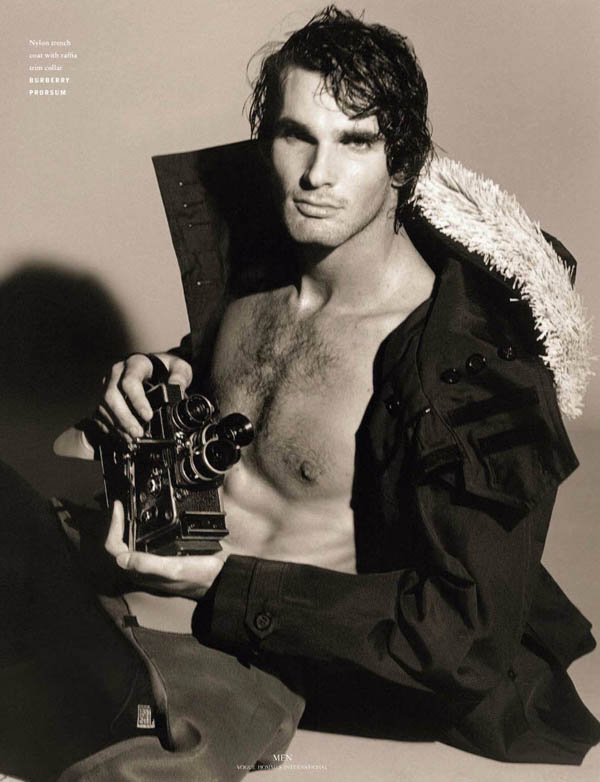 Bruce-Weber-Vogue-Hommes-International-02.jpg