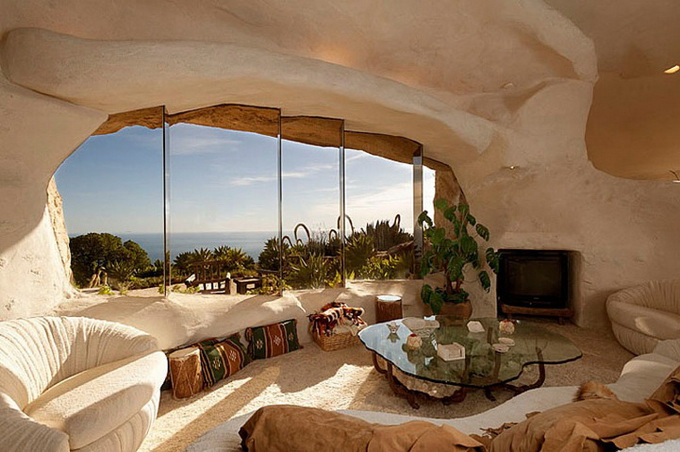 flintstones-house12_.jpg