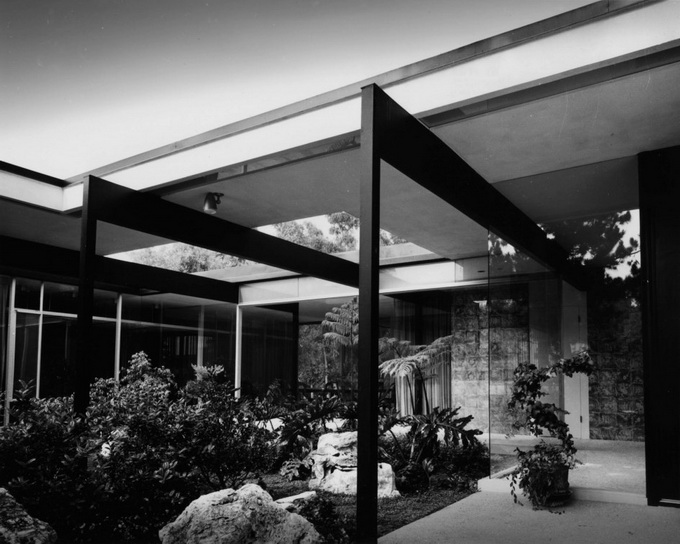 californian-architecture-by-julius-shulman-13.jpg