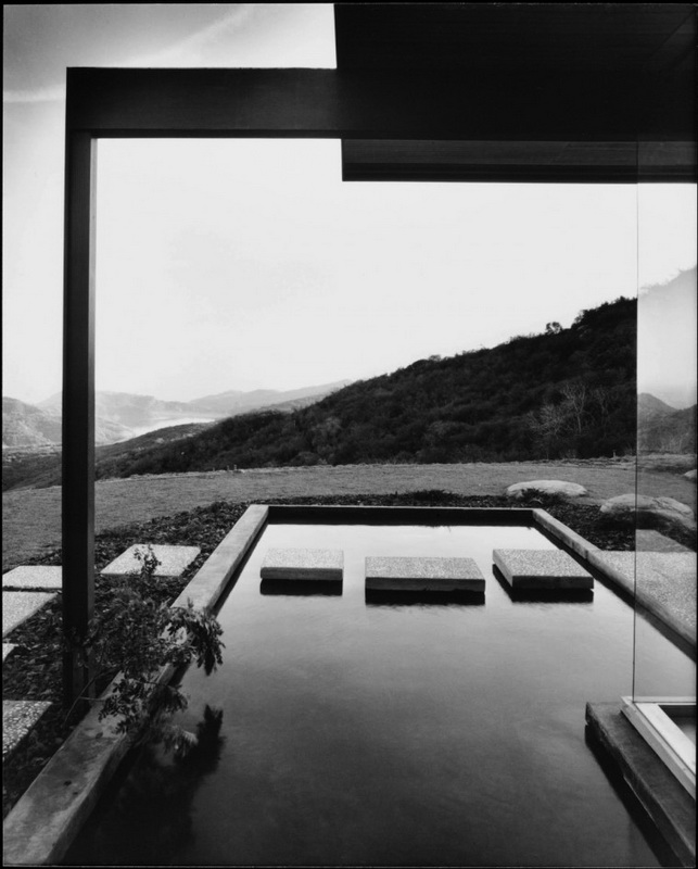 californian-architecture-by-julius-shulman-16.jpg