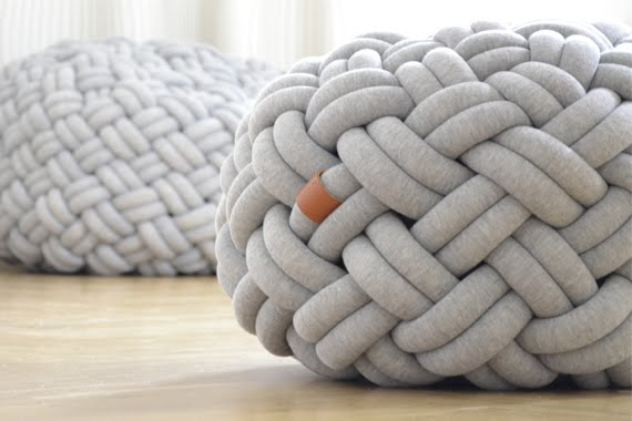 knotty-cushion-kumeko02.jpg