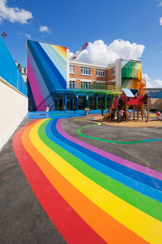 Colorful-French-School1-640x428.jpg