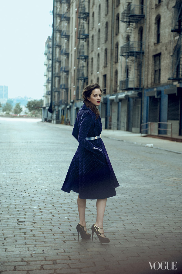 marion-cotillard-vogue-us-august-2012-05.jpg