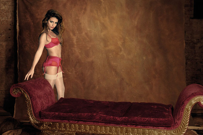 monicacruzagentprovocateurautumnwinter2012campaign2.jpg