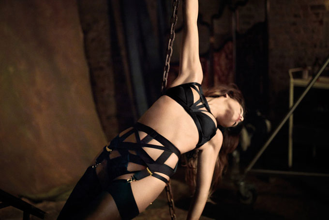 monicacruzagentprovocateurautumnwinter2012campaign7.jpg