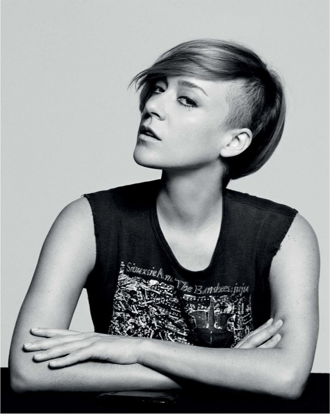 chloe-sevigny-xoxo-september-2012-03.jpg
