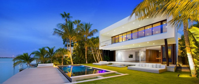 the-miami-beach-residence-by-luis-bosch-16.jpg