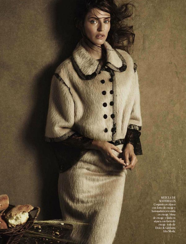 bianca-balti-vogue-spain-october-2012-03.jpg