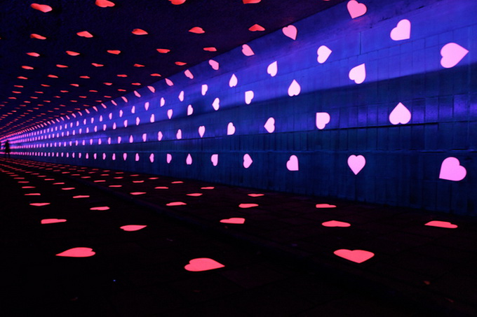 the-tunnel-of-love-10.jpg