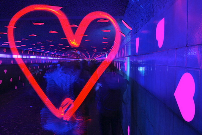 the-tunnel-of-love-5.jpg