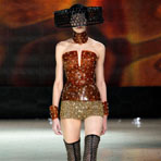 Paris fashion week: Alexander McQueen весна-лето 2013