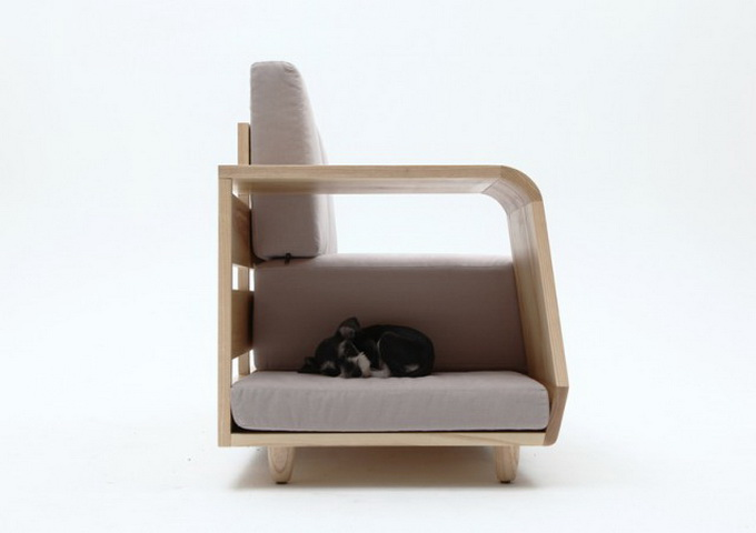 Dog-House-Sofa2-640x_9.jpg