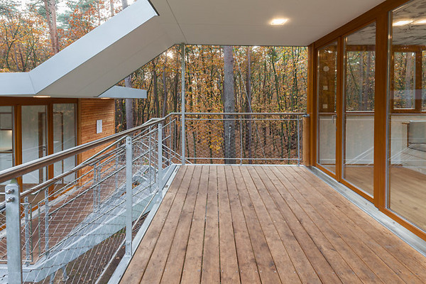 tree-house-baumraum-09.jpg