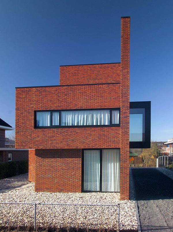 brick-wall-house-02.jpg