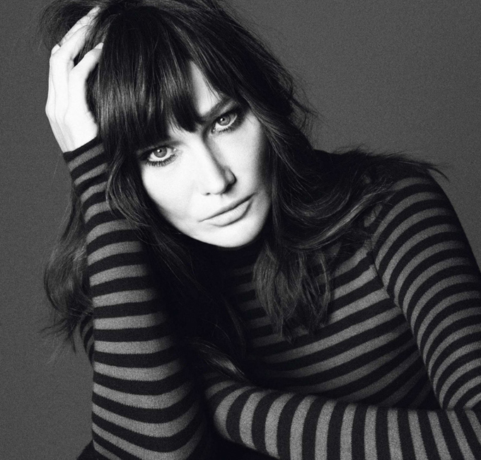 carla-bruni-sarkozy-vogue-paris-04.jpg