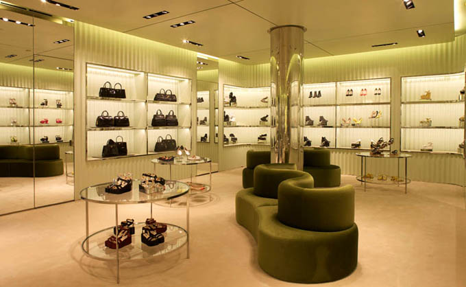 Prada-Miami-Design-District_03.jpg