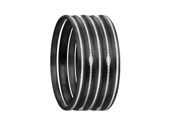 3_Five carbon fiber bangles inlaid by diamonds.jpg