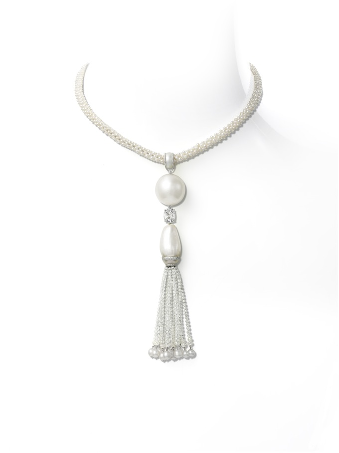 Natural button and drop pearls, diamond necklace.jpg