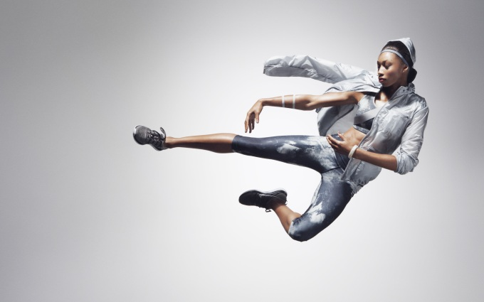 26-Allyson_Felix-Grey_Look_15646.jpg