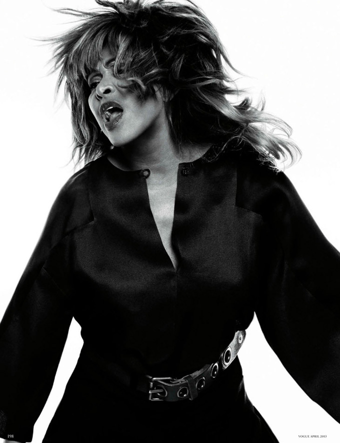 Tina-Turner-Knoepfel-Indlekofer-Vogue-Germany-06.jpg