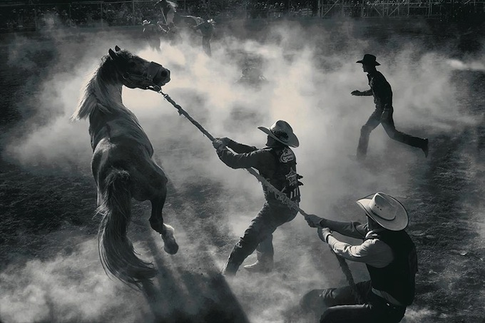 smithsonian-photo-contest-americana-rodeo-cowboys-george-burgin.jpg