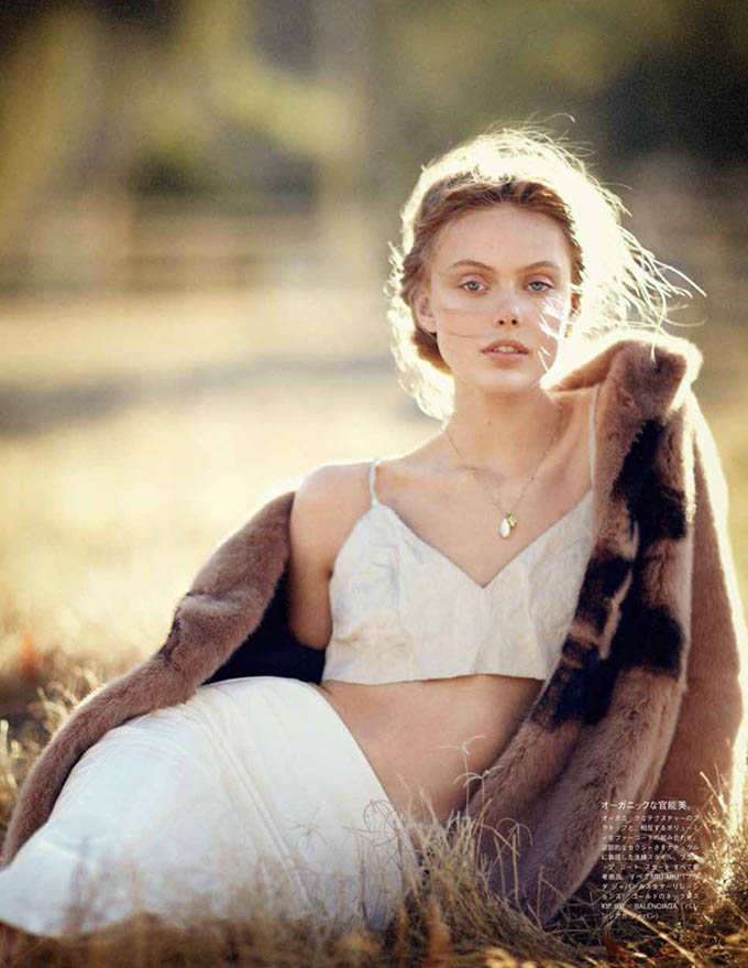 Frida-Gustavsson-Boo-George-Vogue-Japan-04.jpg