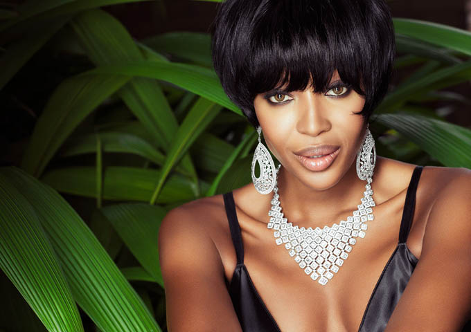 NaomiCampbell-by-Jacques-Dequeker-for-Vogue-Brazil-May-2013-2.jpg