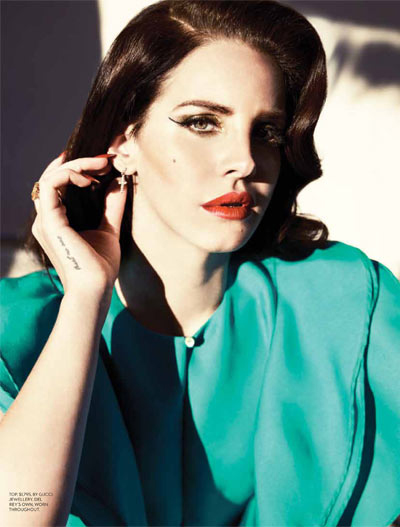 lana-fashion-magazine1.jpg