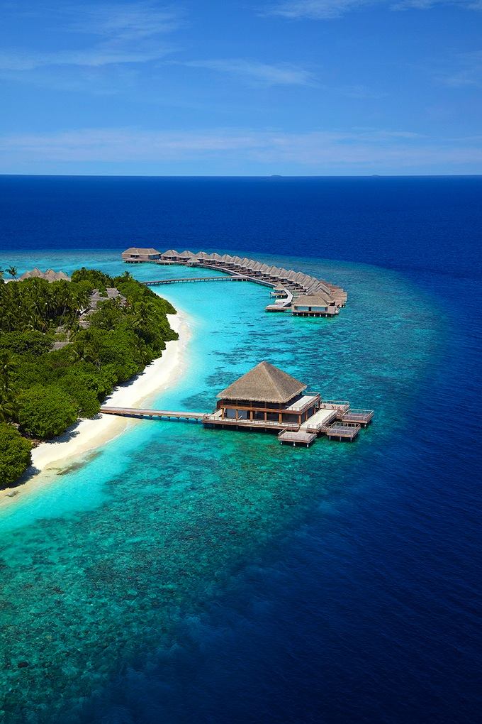 Dusit_Thani_Maldives02.jpg