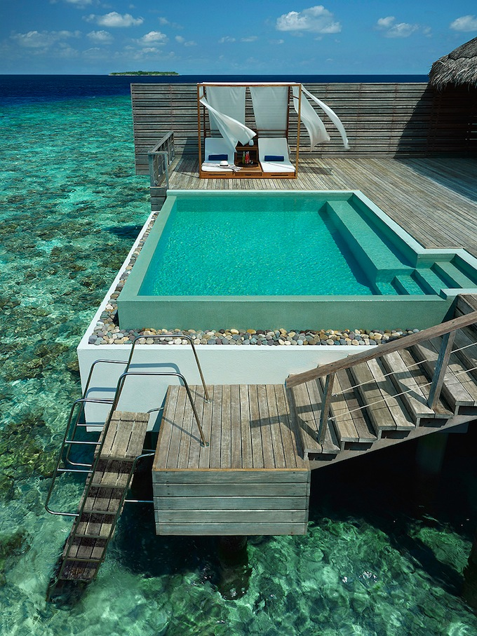 Dusit_Thani_Maldives04.jpg