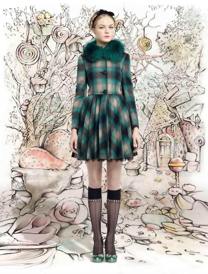 REDValentino-Fall-Winter-2013-11.jpg