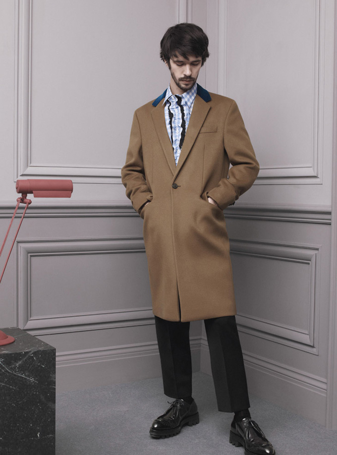 Prada-Fall-Winter-2013-Menswear-02.jpg