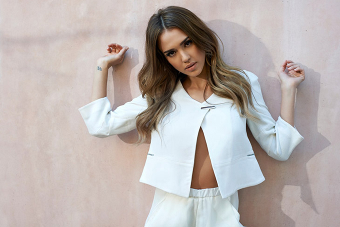 Jessica-Alba-Sunday-Times-Eric-Guillemain-07.jpg