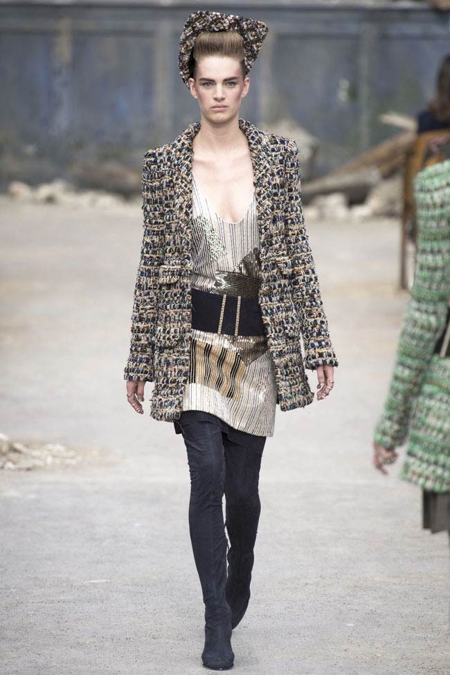chanel-haute-couture-fall-2.jpg