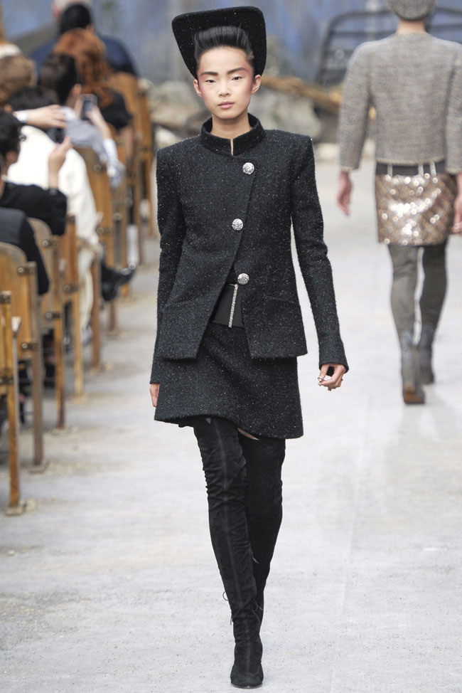 chanel-haute-couture-fall-5.jpg