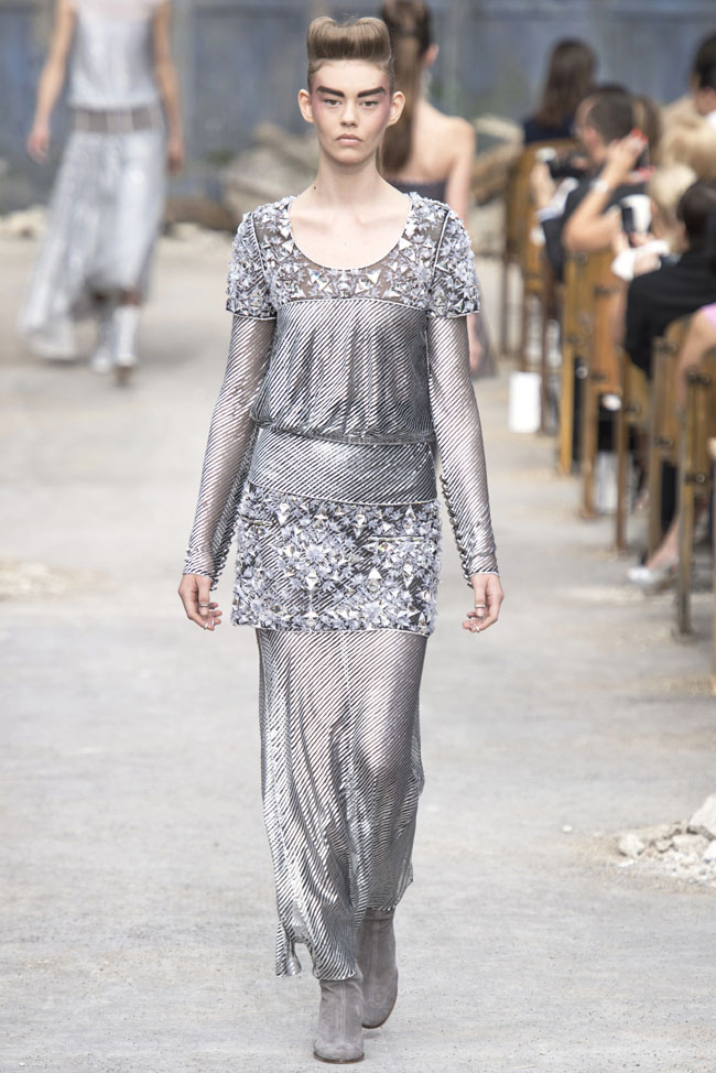 chanel-haute-couture-fall-63.jpg