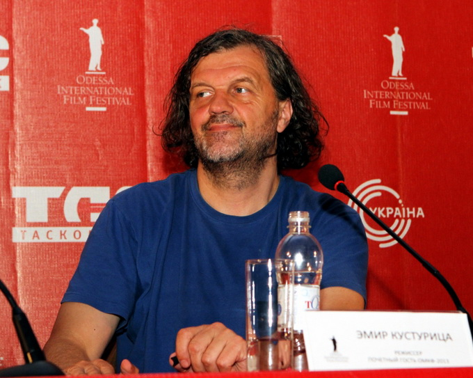 OIFF_2013-07-12_Press-conference-by-Emir-Kusturica-at-the-opening-of-the-4th-of-Odessa-International-Film-Festival_small-2234_137_1.jpg