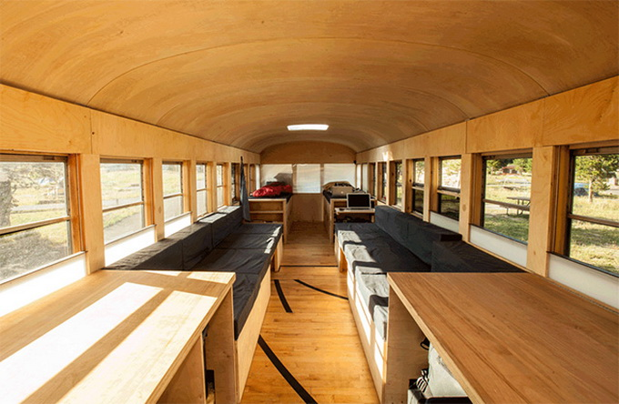 Restored-Bus-Mobile-Home-640x403.jpg