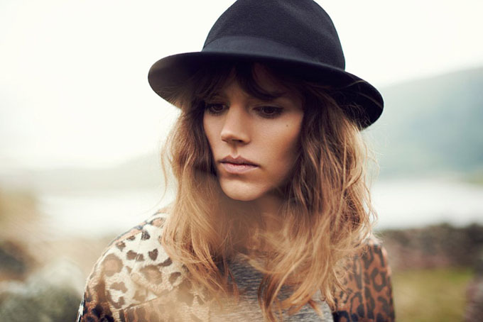 Freja-Beha-Erichsen-Reserved-Fall-Winter-2013-17.jpg