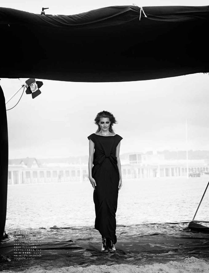 Lindsey-Wixson-Vogue-Japan-Peter-Lindbergh-02.jpg