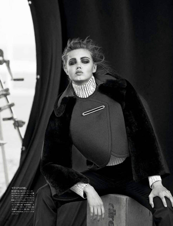 Lindsey-Wixson-Vogue-Japan-Peter-Lindbergh-04.jpg
