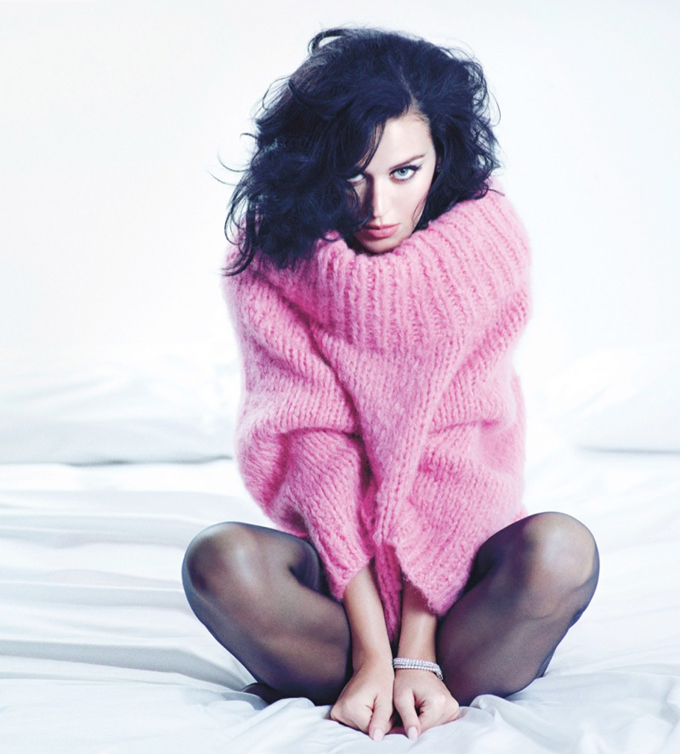 800x887xkaty-perry-mario-sorrenti3_jpg_pagespeed_ic_CP_1bLCOH9.jpg